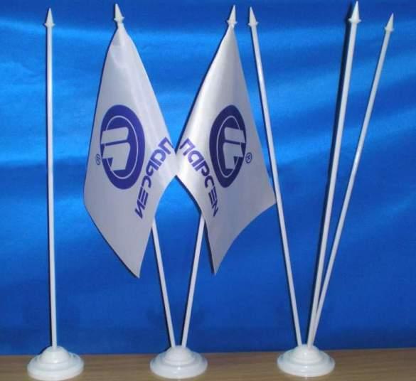 Заказать маленькие флажки на палочке с логотипом