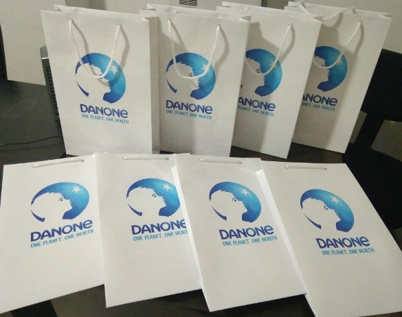 Изготовление пакетов с логотипом стоимость